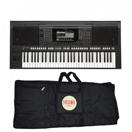 Yamaha PSR S770 Digital Keyboard With Case