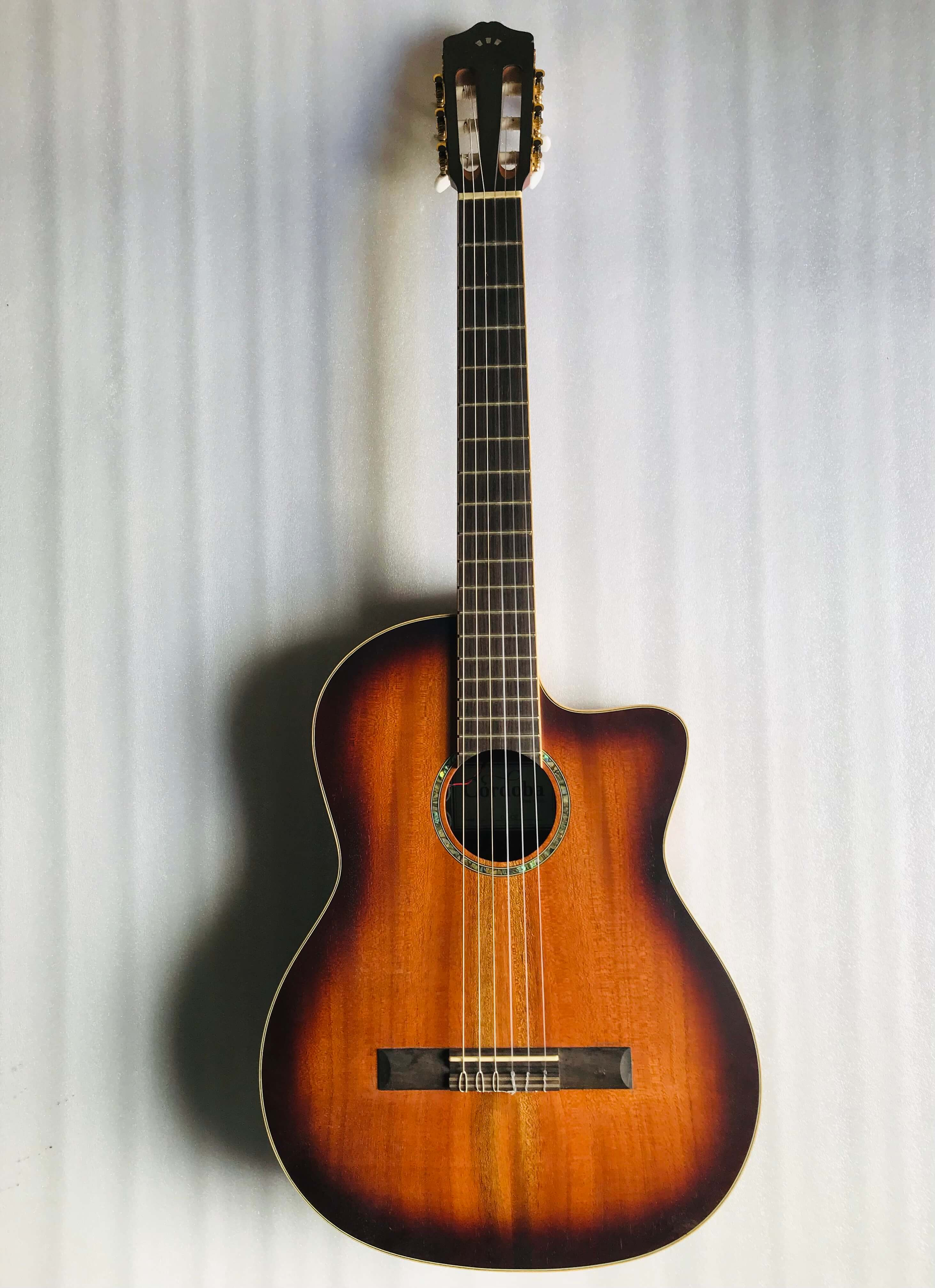 Cordoba C4-CE Classical Guitar Edgeburst Solid Mahogany Top